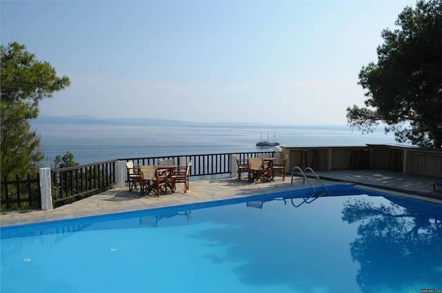 www.heos.gr  resort in Lagonisi, Ormos Panagias, Sithonia, Halkidiki