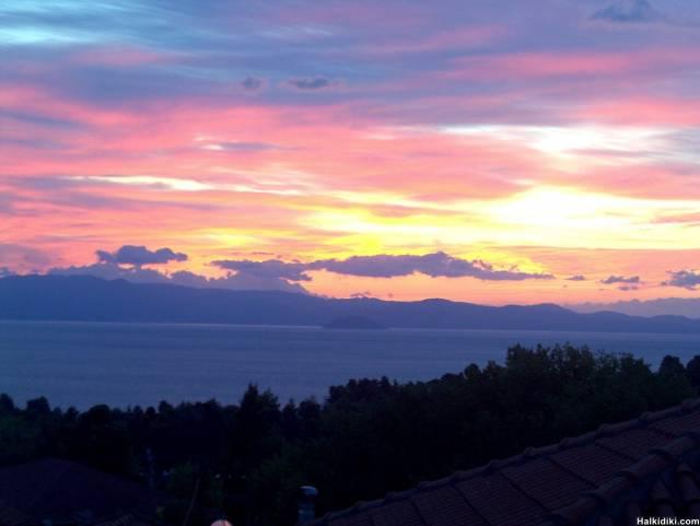 Good morning from Kriopigi 13 09 2006