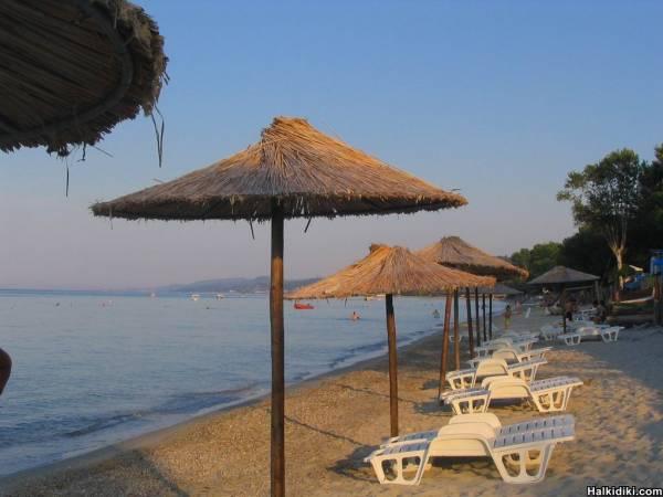 Kriopigi Beach, evening melancholy.... (July 15, 2006)