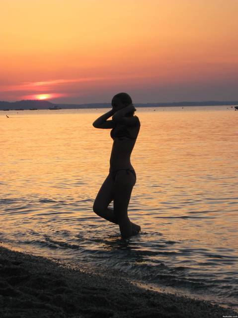 Pefkohori-sunset swimm