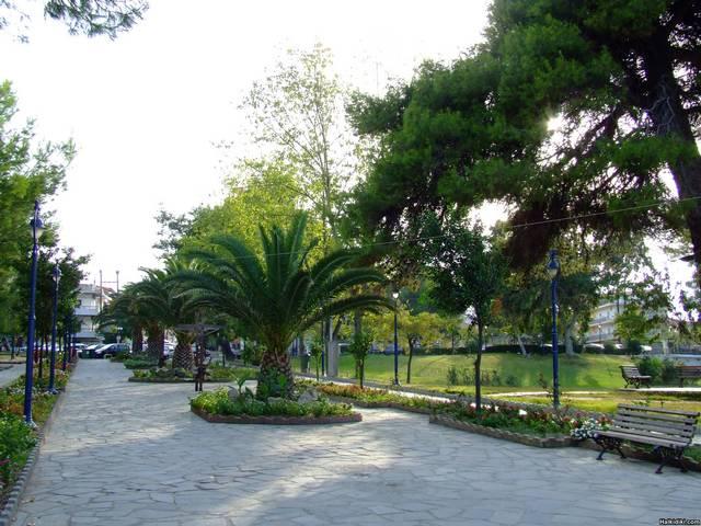 Hanioti_-_park