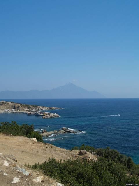 Mount_Athos_from_arond_Skala_Sikias_Sithonia_