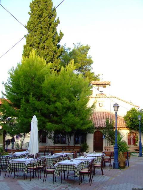 Pefkohori_-_old_square