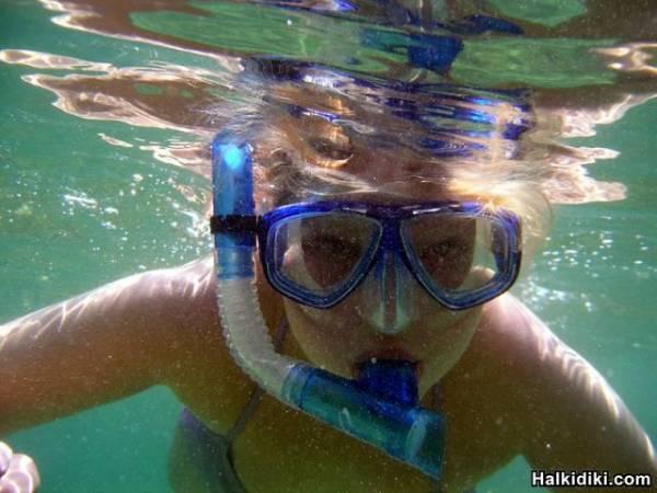 hellen underwater