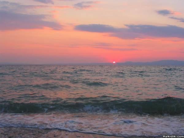 Sea and Sun together again