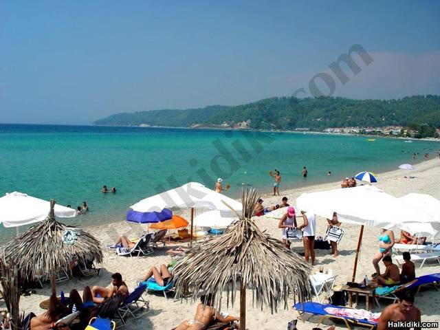 Fourka Beach