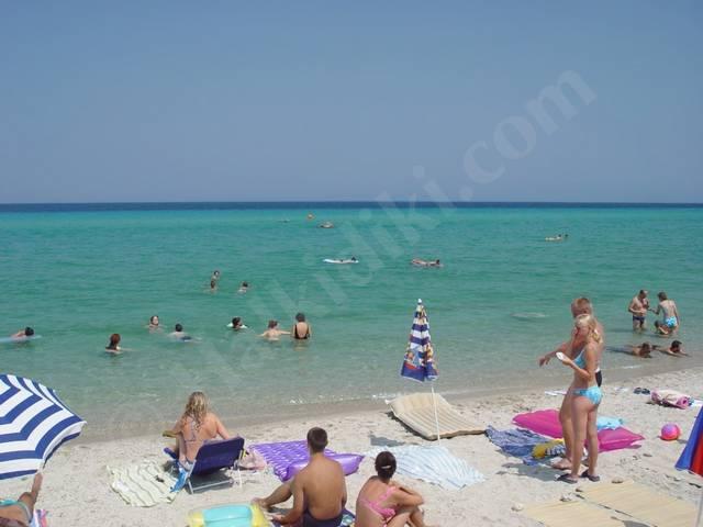 Polichrono Beach