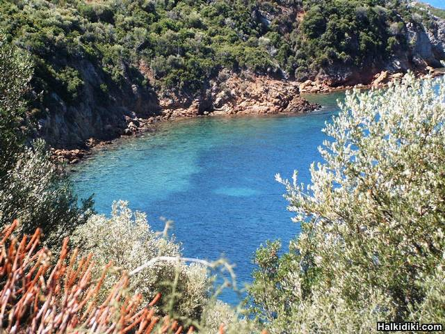 White_Pebbles_Beach_Toroni